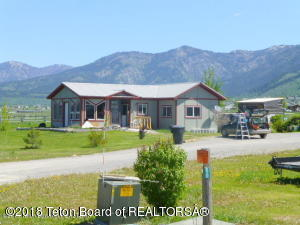 90 SILVER SPUR DRIVE, Etna, WY 83118