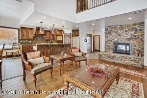 176 JOHNNY MILLER DR, Afton, WY 83110