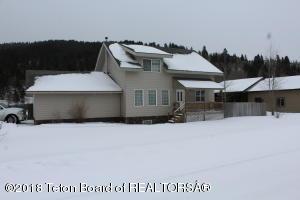 369 SNAKE RIVER DR, Alpine, WY 83128