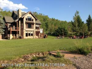 125 GOMMS POND LN, Smoot, WY 83126