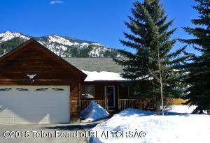 448 GREYS RIVER LOOP, Alpine, WY 83128