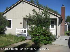 230 N MAYBELL AVE, Pinedale, WY 82941