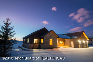1384 RIVER MEADOWS DR, Victor, ID 83455