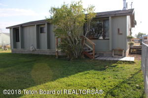 14 TAYLOR AVE, Marbleton, WY 83113