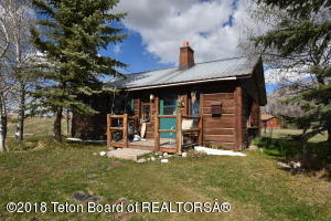 2500 FALCON CREEK DR, Driggs, ID 83422