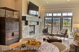 122 HASTINGS DR, 306, Victor, ID 83455