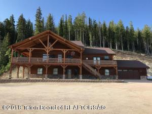 80 PINE BUTTE RD, Cora, WY 82925