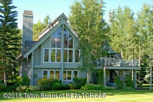 3065 N MOUNTAIN MAPLE LANE, Wilson, WY 83014