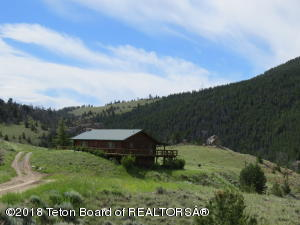 1 SPRING CREEK ROAD, Dubois, WY 82513