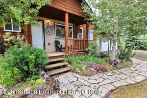 1245 EAGLE RIDGE RD, Victor, ID 83455