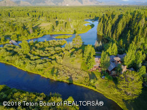 5555 W CUTTHROAT TROUT RD, Wilson, WY 83014