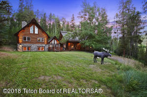 6125 S MOOSE TRAIL RD, Wilson, WY 83014