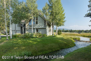 2636 N FAIRWAYS PLACE W STREET, Wilson, WY 83014