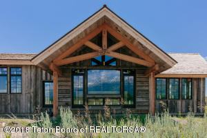 9240 N AVALANCHE CANYON RD, Jackson, WY 83001