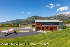 105 ALPINE VILLAGE LOOP, Alpine, WY 83128
