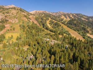 3725 W MCCOLLISTER W, Teton Village, WY 83025