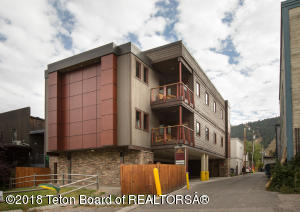 177 CENTER ST, Jackson, WY 83001