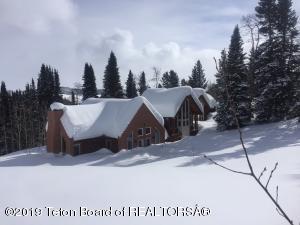 12808 S US HWY 189, Bondurant, WY 82922
