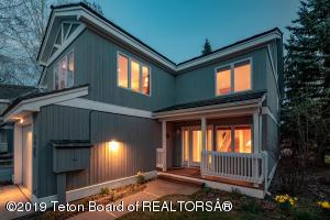 3453 BOXELDER, Wilson, WY 83014