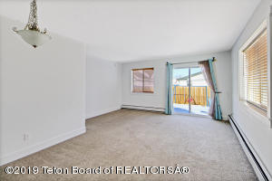 329 COLE AVE, 329, Pinedale, WY 82941