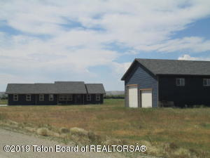 40 MULESHOE RD, Pinedale, WY 82941