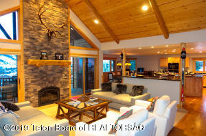 724 RODEO DR, Jackson, WY 83002