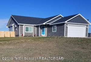 5 Bedroom / 3 Bath Home On Spring Gulch Road. Close To Town But Acreage For Your Horses!