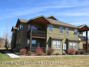 633 BUFFALO JUNCTION LOOP, UNIT 15 & GARAGE I, Driggs, ID 83422