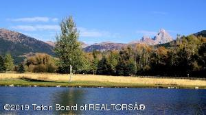65 CREEKSIDE ROAD, Alta, WY 83414