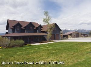 521 SADDLE DR, Etna, WY 83118