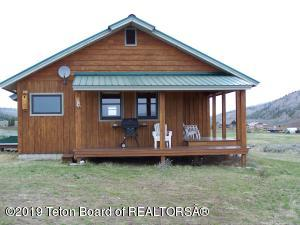 6 WHITE POINT RD, Cora, WY 82925