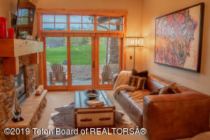 122 HASTINGS DR, 106, Victor, ID 83455