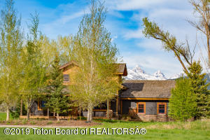 6093 FOX MEADOWS DR, Victor, ID 83455