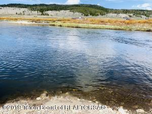 Absolutely stunning, deep water lot, on the pristine Green River in Cora (Kendall Valley), Wyoming!