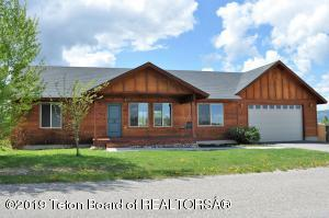 1670 RIVER MEADOWS DR, Victor, ID 83455