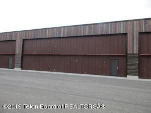 60x60 x 16.6 clear Hangar at Alpine Airpark