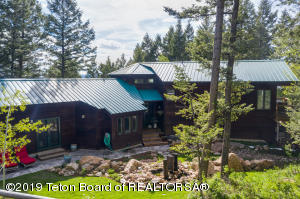 3291 CANYON CREST DR, Victor, ID 83455