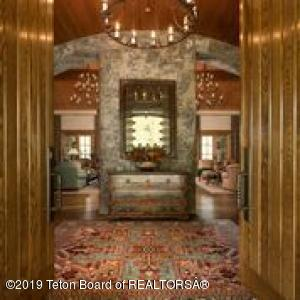 7555 N BAR B BAR RIVER ROAD, Jackson, WY 83001