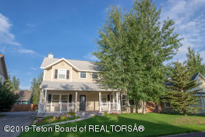 859 EAGLES REST DR, Driggs, ID 83422