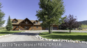 386 RIVER TRAIL DR, Alpine, WY 83128