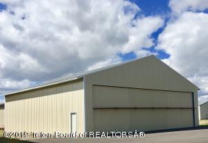 Airplane Hangar 60' by 60 '