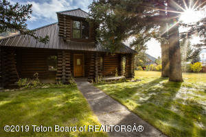 Historical Cabin built in 1927 located on three lots.