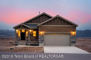 321 SWALLOWTAIL DR, Victor, ID 83455