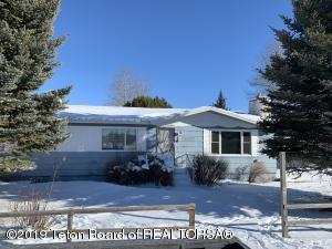 412 N FRANKLIN AVE, Pinedale, WY 82941