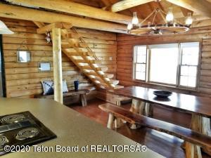 11 W NEW FORK RIVER RD, Pinedale, WY 82941