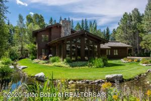 3580 N LAKE CREEK DR, Wilson, WY 83014