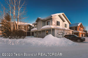 391 FOREST VIEW DR, Driggs, ID 83422
