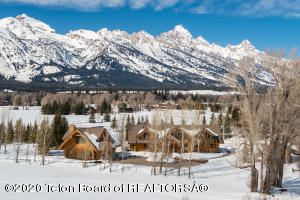 9550 N AVALANCHE CANYON ROAD, Jackson, WY 83001