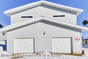 325 COLE AVE, Pinedale, WY 82941