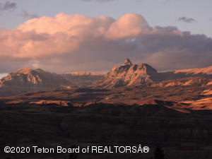 65 BALD MOUNTAIN RD, Dubois, WY 82513